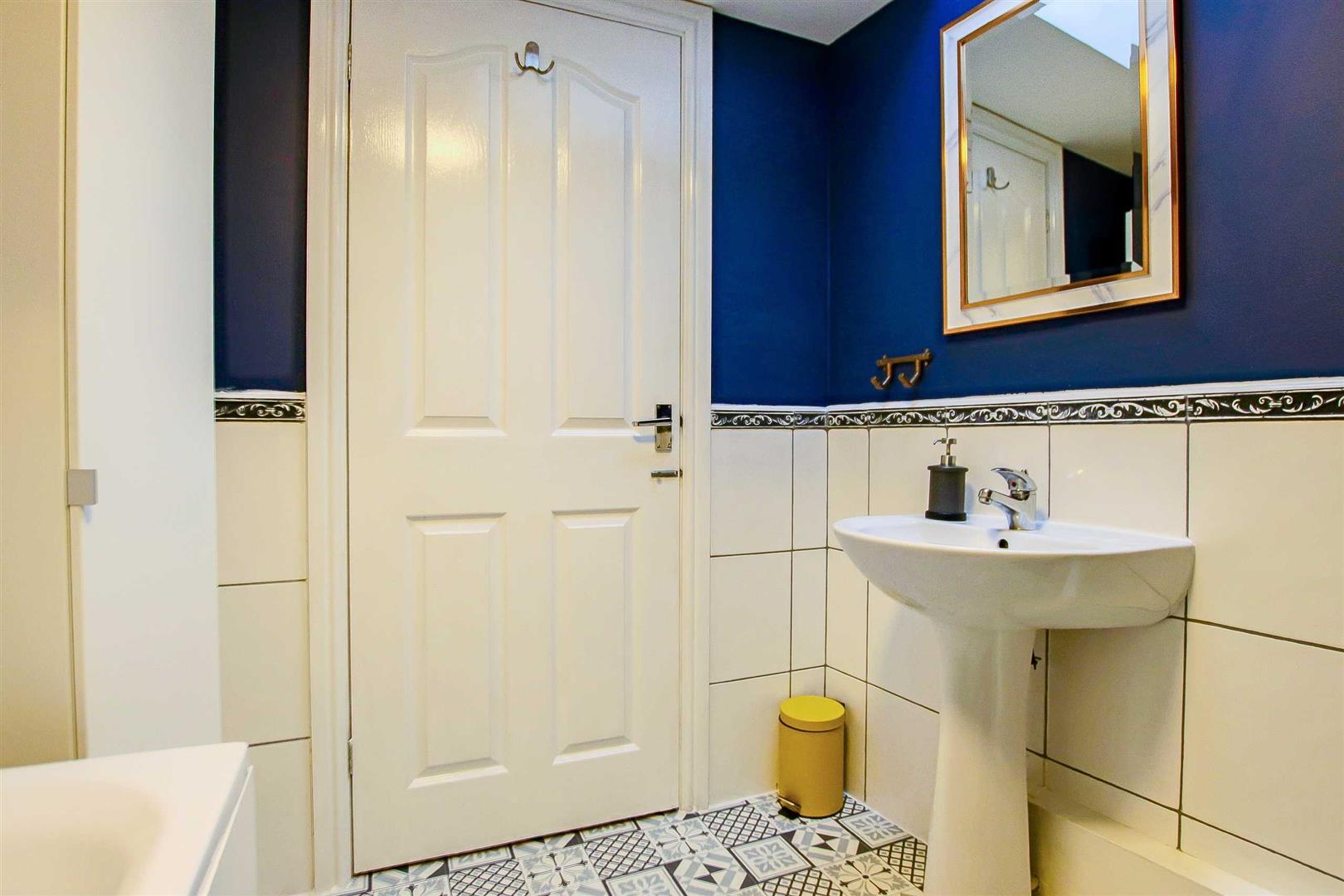2 Bedroom Terraced Cottage For Sale - Image 20